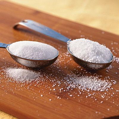 Cum scapam de consumul excesiv de sare si zahar