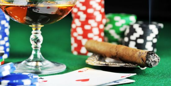 Sfaturi si strategii valoroase pentru jucatorii de poker