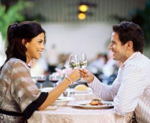 De ce nu e bine sa iei masa la restaurant?