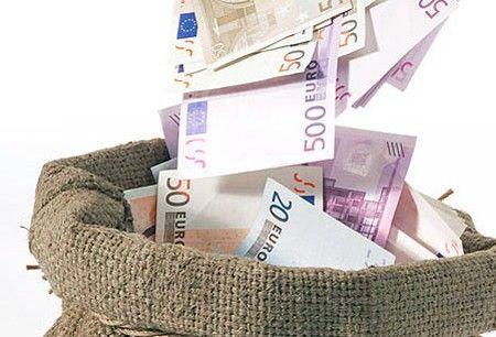 Dezastru pentru leul romanesc: euro a trecut de 4,6 lei