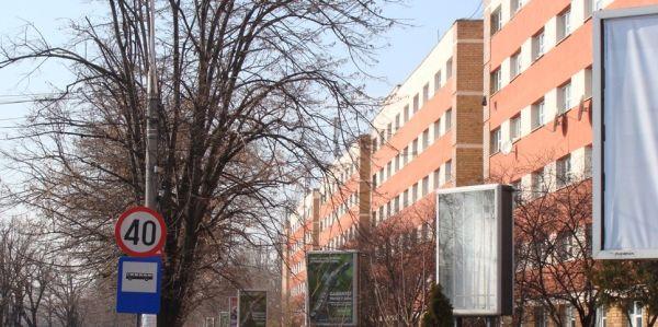 Caminele Universitatii Politehnica din Bucuresti - Poze: Campus Regie si Leu