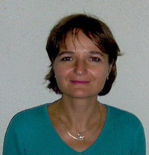 Universitatea Bucureşti: campanie umanitara pentru salvarea profesoarei Adela Rogojinaru diagnosticată cu cancer