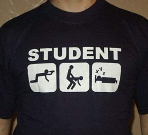 Statusuri si mesaje comice pentru studentii aflati in sesiune