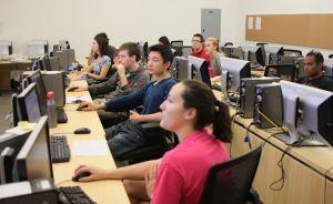 Universitatea Politehnica: studentii au acces la  programul de certificare HP ATA