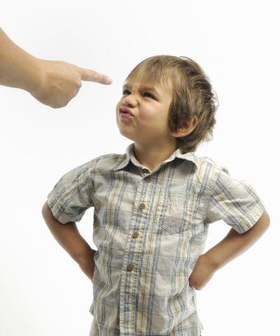 Educatia copiilor intre autoritate si comunicare