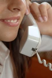 Sunt femeile dependente de telefon?
