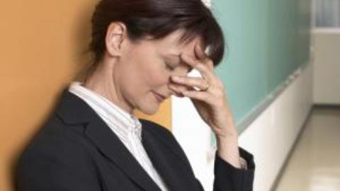 De ce unele femei reusesc in cariera iar altele ating plafonarea profesionala?