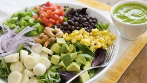 Dieta strict vegetariana este buna? Principalele deficiente nutritionale!