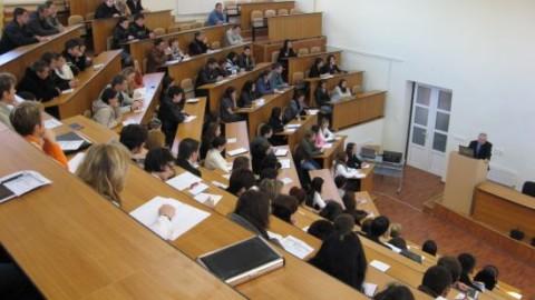 A inceput noul an universitar… Bobocii spun lucruri trasnite…