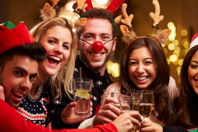 Cum sa te porți la petrecerea de Crăciun a Firmei