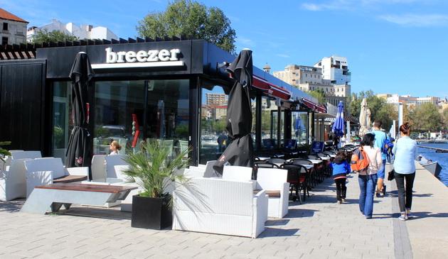 restaurant breezer