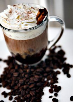 Cocteil de cafea: O reteta de Flip cu rom