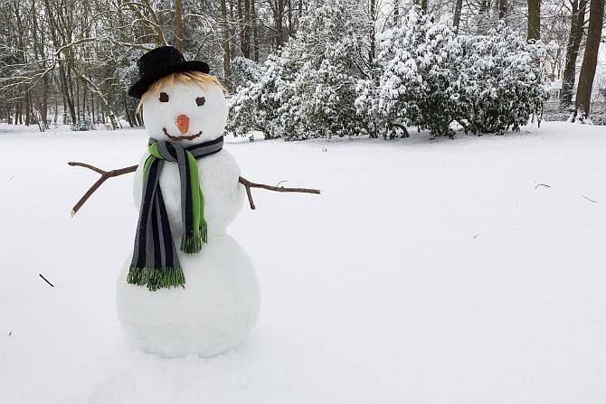 Inițiativa #ConstantaSnowMen - sa construim o armata de oameni de zăpada
