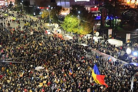 Legea Grațierii şi modificările Codului penal au fost primite cu proteste în toată tara
