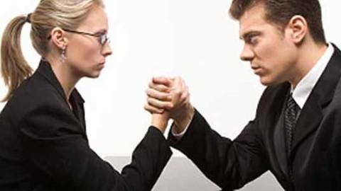 Un studiu socant dar adevarat: barbatii fac asta mai mult decat femeile