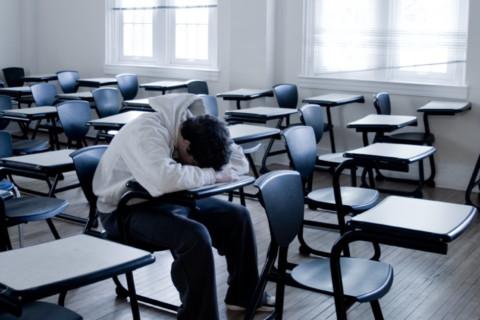 Foarte multi studenti romani renunta la facultate chiar din primul an…
