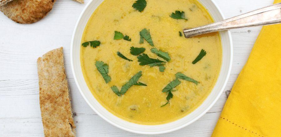 O rețeta buna pentru seri friguroase: supa de conopida