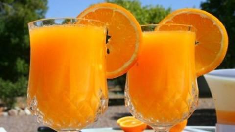 Fresh: 9 sfaturi esentiale pentru prepararea unui suc de portocale bun si sanatos