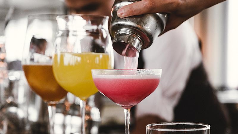 Top 3 cele mai populare cocktail-uri