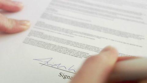 Contractul individual de munca pe durata determinata si obligatiile angajatorului (2020)