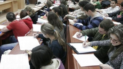 Lista completa cu firme ce participa la stagiul obligatoriu de practică in 2019 pentru studentii Facultății de Științe Economice, Ovidius - Constanta